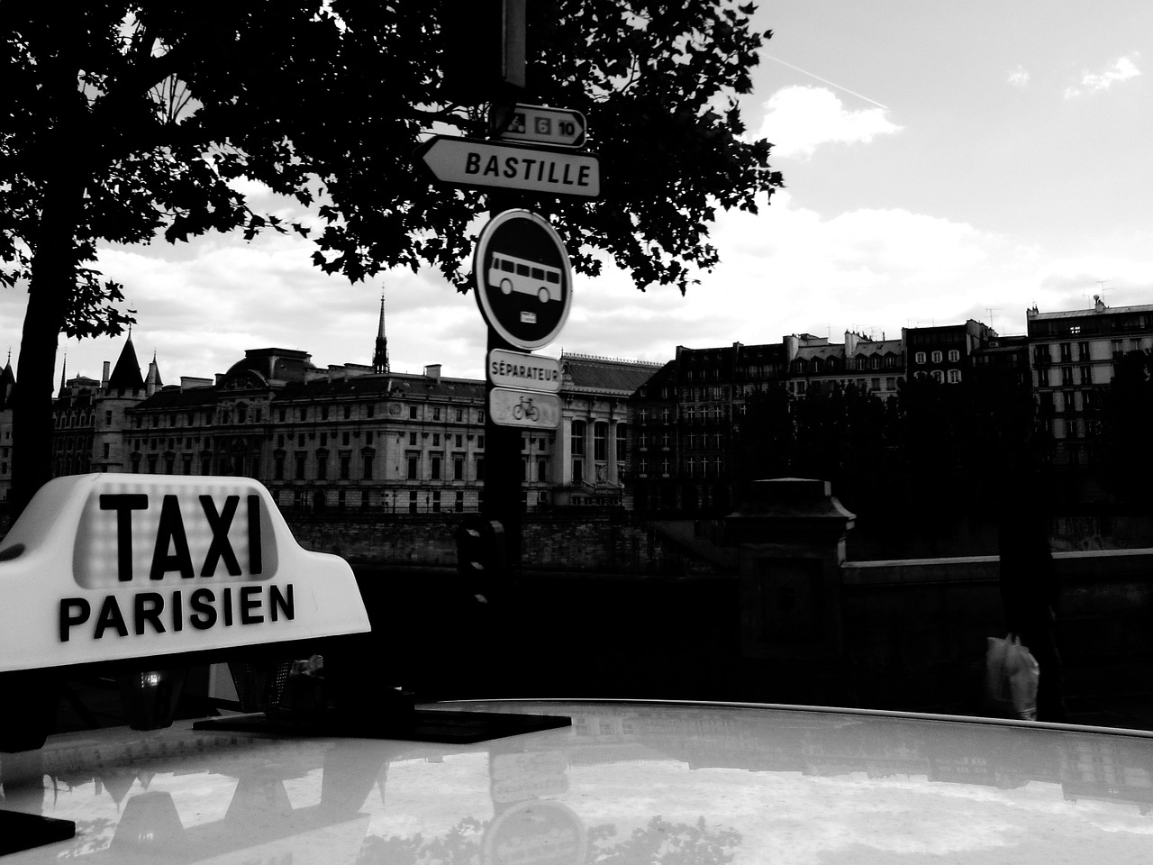 Transport en taxi conventionné : quand faut-il obtenir un accord préalable ?